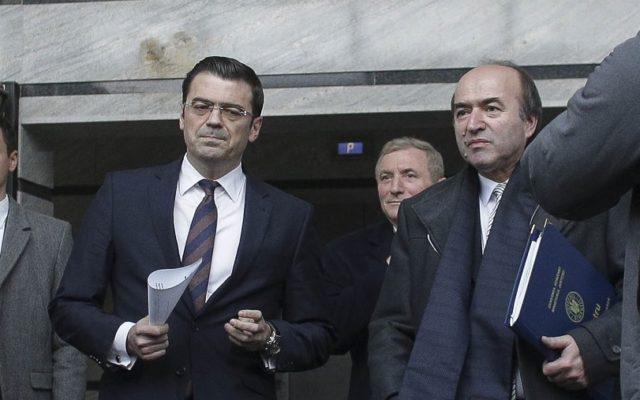 CNATDCU îi apără mandatul de rector lui Tudorel Toader prin amânarea cazului Codruț Olaru